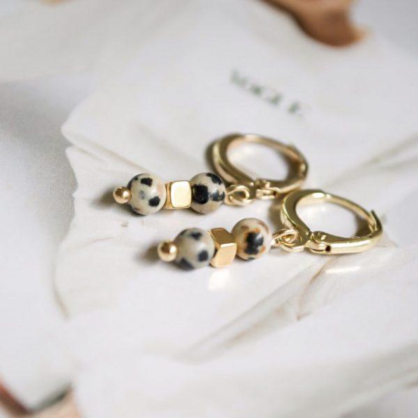 Handgemaakte oorbellen leopard beads