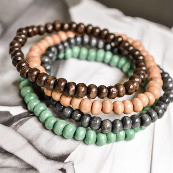 Handgemaakte armband tropical wooden beads