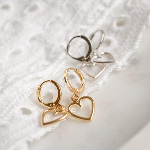 Handgemaakte oorbellen call it love