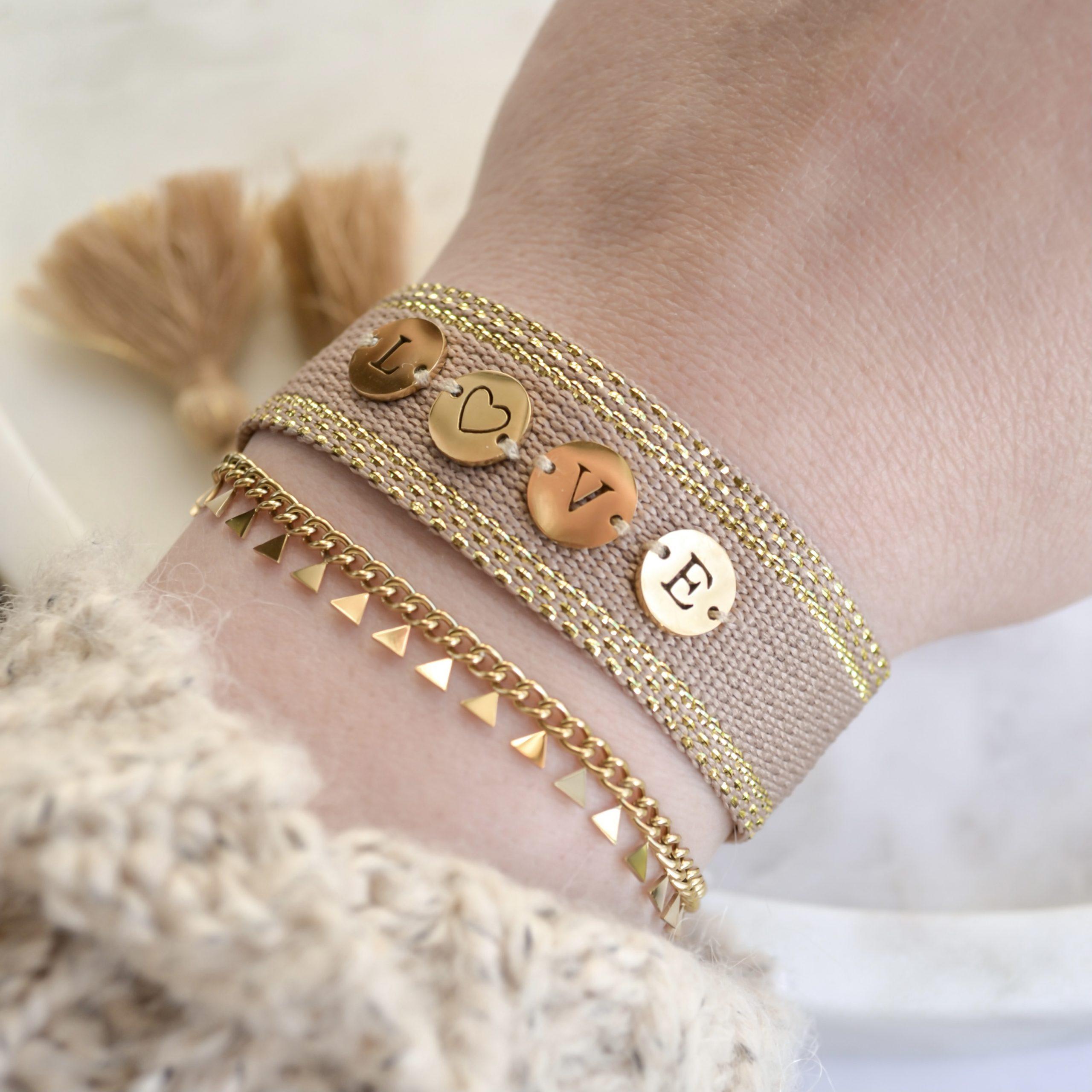 Handgemaakte armband love khaki