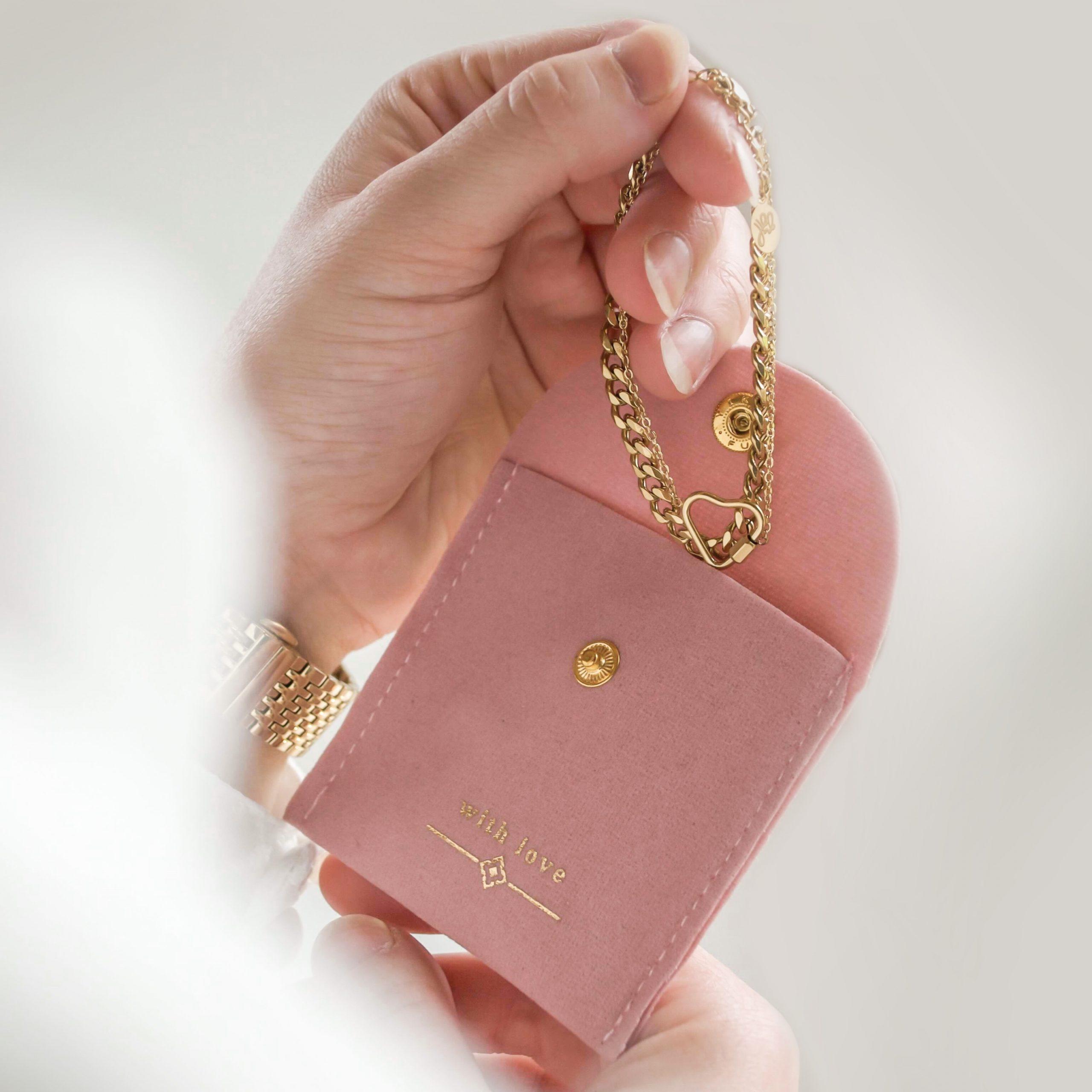 Sieraad zakje 'with love' pink