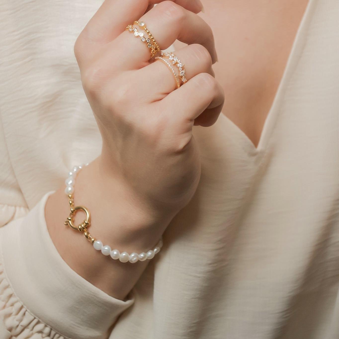 Handgemaakte armband chic pearls
