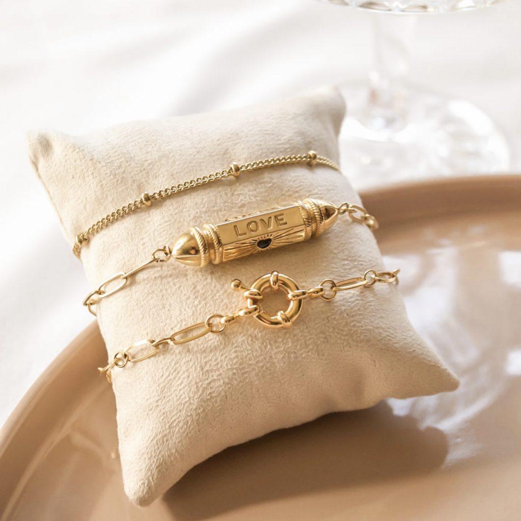Armband bullet 'love'